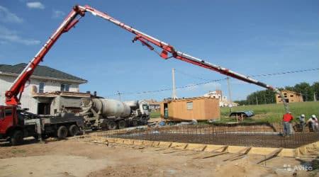 бетононасос для подачи бетона на высоту